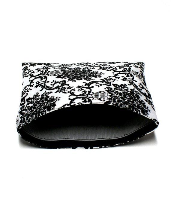 Reusable Sandwich Bag - Black and White Damask