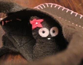 SALE Kitty Pocket Pal and Carry Bag Eco Felt