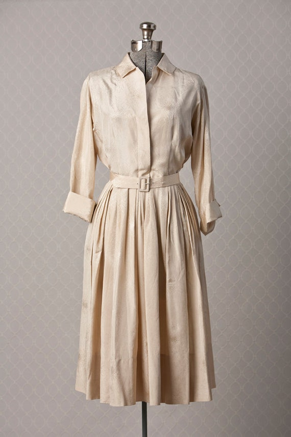 Womens 1950s Vintage MEDIUM Cream Belted Silk Shirt Dress