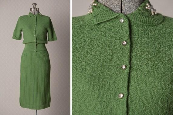 R E S E R V E D /// Womans XS 1940s Vintage Green Wool Knit Set
