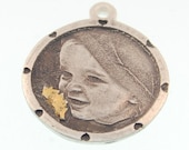 Engraved Circular Photo Charm with Hearts And Accent Gold