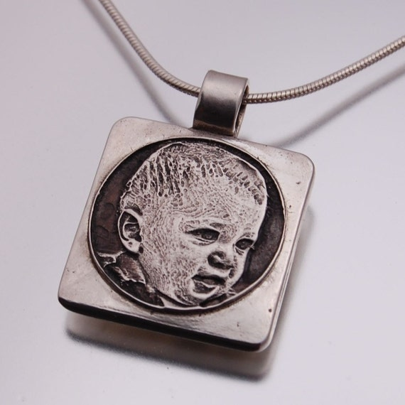 custom engraved photo pendant small