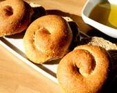 Crunchy Whole Grain Rusk Bread Rolls - 6 pieces (3 rolls, 6 oz)