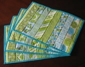 Spring Sale! Aqua Patterned Placemats, 4 placemats, Kitchen Decor- Quilted Placemats