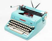 Vintage 1955 Turquoise Quiet De Luxe Manual Typewriter
