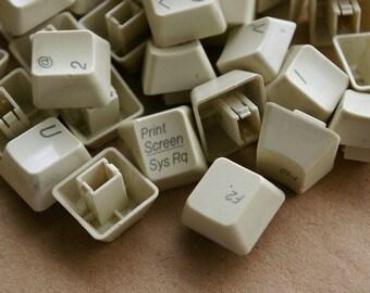 5 Tan Tall Keyboard Keys