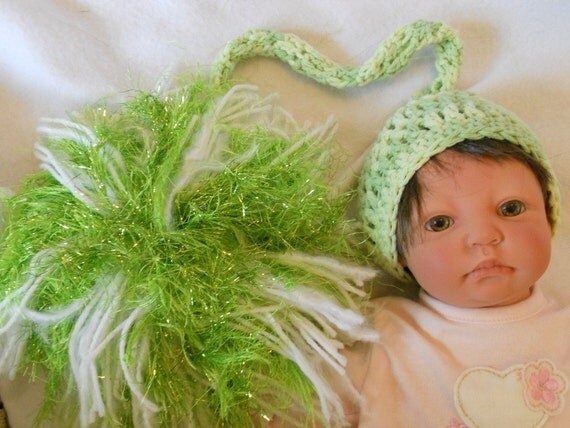 Preemie Baby hat - Giant Green Pompom Photo Prop - 11 inch circumference - Ready2Ship - Number 39