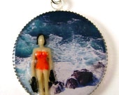 Resin Charm Necklace - Rhoda on the Rocks