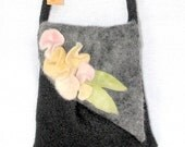 Small shoulder bag with charming felted flowers