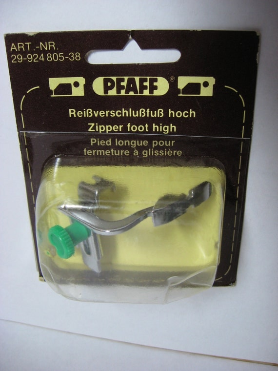 how to use pfaff zipper foot