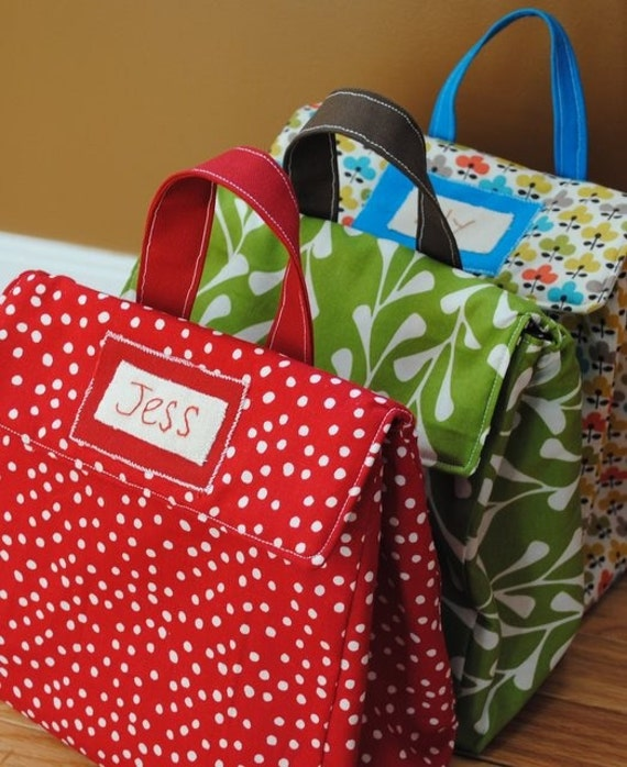 Personalized Insulated Lunch Bags: WAY cuter than a Brown paper bag