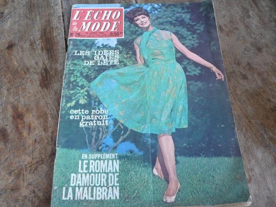 Mixed Media Art, Vintage Scrapbooking, A La mode magazine, 1961 advertisement, sixties journal, Paris fashion mag, french vintage paper