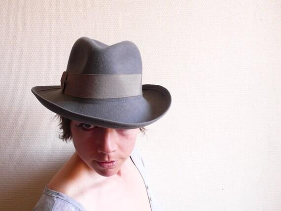Vintage hat, grey felt , trilby, fedora, cowboy hat,  french cascette, french vintage accessories by ancienesthetique