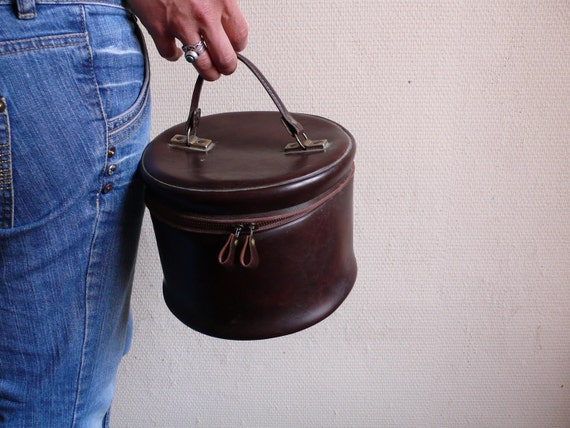 Vintage bag,  brown leather,  vanity case, French, 60s, sixties,   French vintage accessories by ancienesthetique
