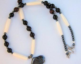 Buffalo Totem Pendant and Necklace Native American Style