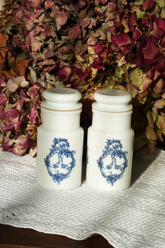 Two Vintage Milk Opal Glass Jars With Lids Made In By Lunapurpurie