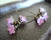 Cherry Blossom Pink Daisy Earrings