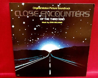 CLOSE ENCOUNTERS of the Third Kind - Original Motion Picture Soundtrack - 1977 Vintage Vinyl GATEfold LP Record Album