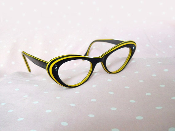 Cateye Glasses // 50s Black & Yellow Laminated Eyeglasses // Rockabilly // No Shipping Charges