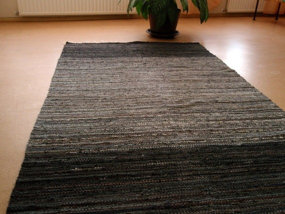 Handwoven ,,grey rock'' -5' - 8,3' MADE TO ORDER