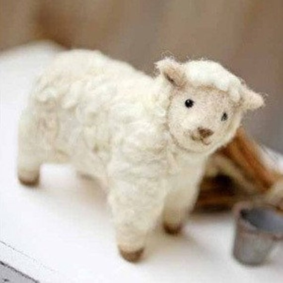 DIY Felted wool SHEEP KIT Japanese craft kit by Hamanaka
