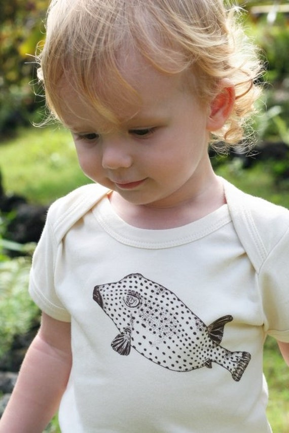 0-3 Months' sized, Pufferfish Te'e Te'e, Short sleeved 100% Organic Silkscreened Baby Onesie - size 0-3 months only