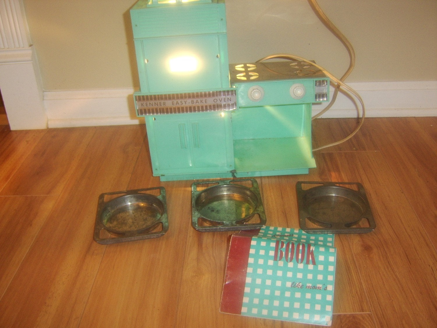 Kenners 1960 S Easy Bake Oven