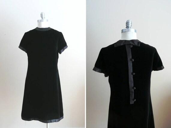 Vintage 1960s Dress Black Velvet Franklin Simon Satin Velvet Shift