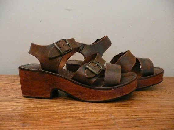 Vintage 1970s Clogs Sandals Leather Wooden Wedge