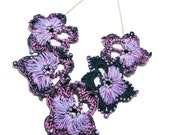Crochet Flower Necklace lavender lilac purple teal spring trends