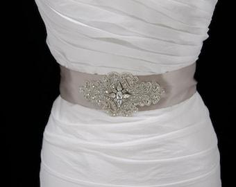 Bridal Wedding Sash,bridal sash,rhinestone belt,wedding belt,bridal belt,wedding dress belt,winter wedding,vintage wedding,beach wedding