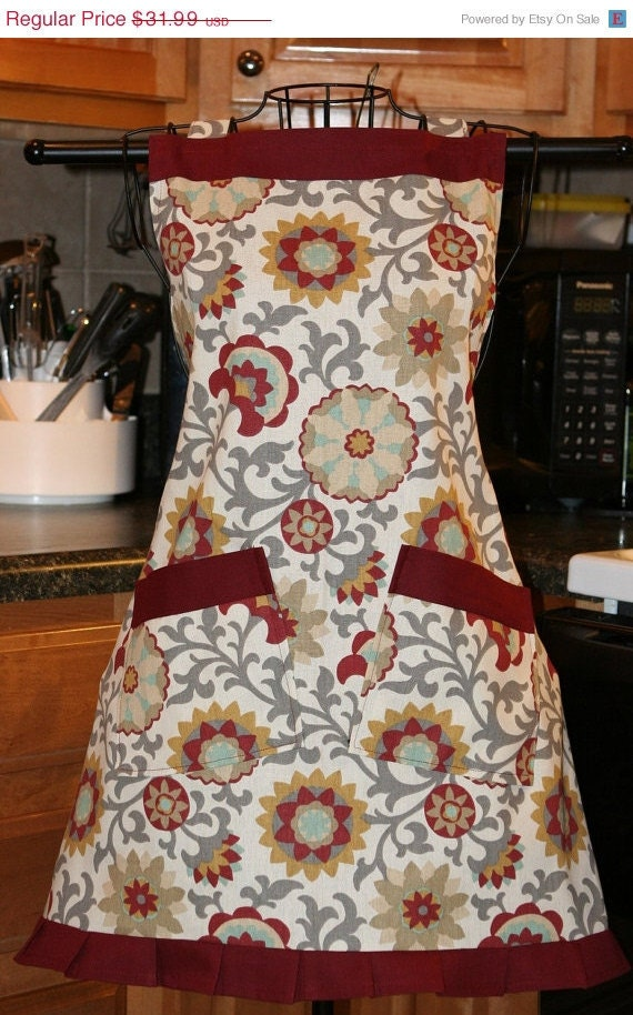 Ladies Apron Full Bib Colorful Chic