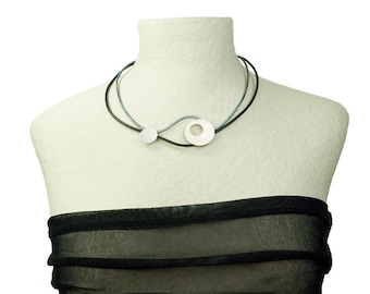 "Necklace ""Geometric"" Round / bicolor"
