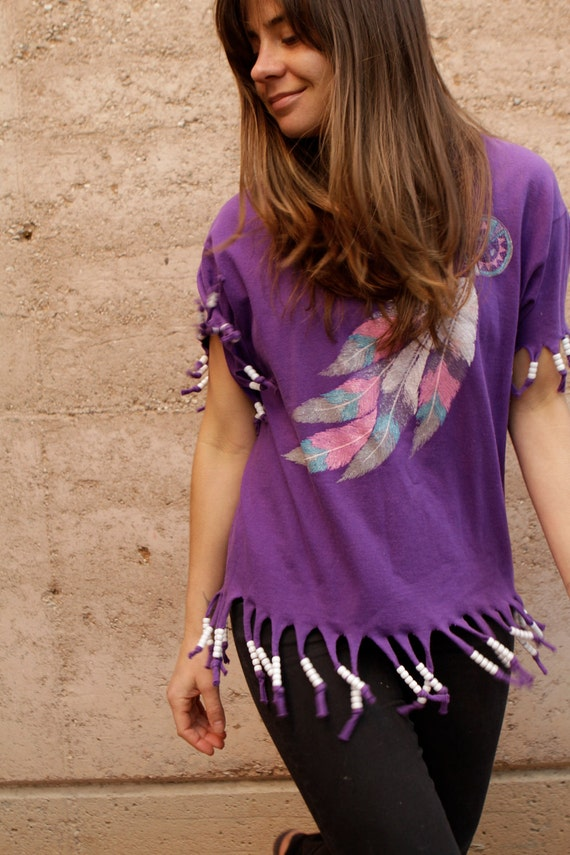 90s beaded FRINGE feather DREAMCATCHER southwest pastel t shirt