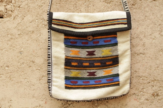 IKAT southwest PURSE woven style handbag WOODEN button clasp tote