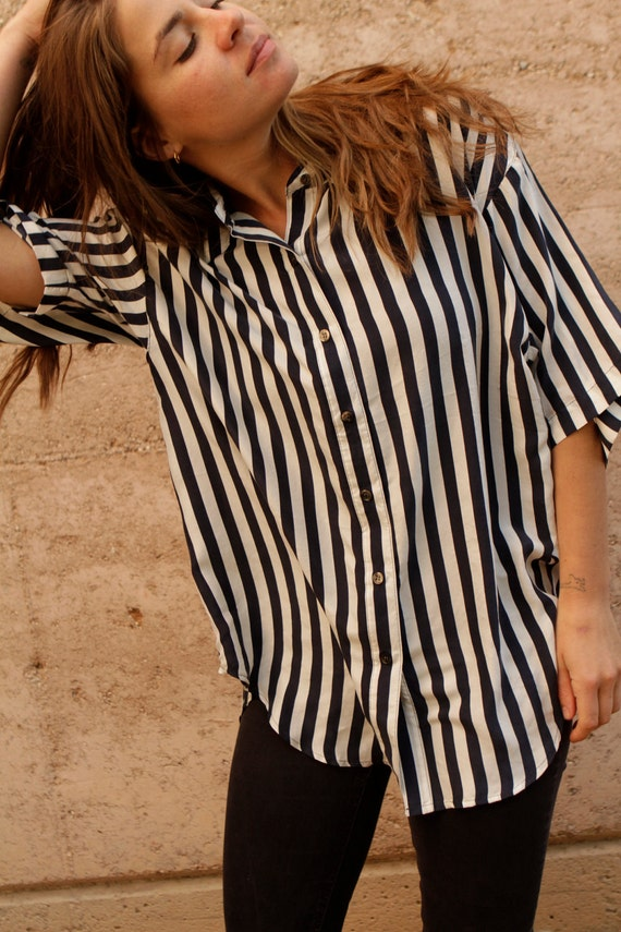 RESERVEd for maggiedot905 silk OXFORD blue & white vertical striped 90s  denim TWIN PEAKS leo shirt