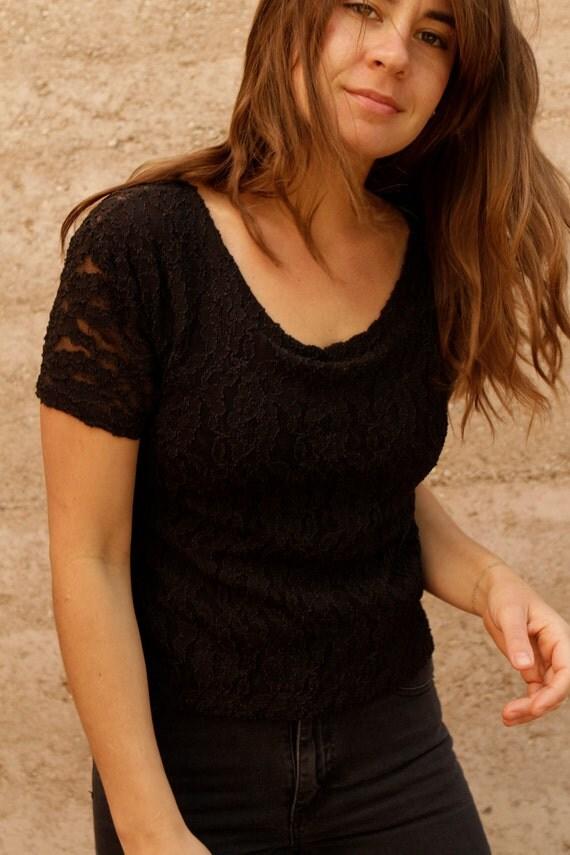 black LACE vintage 80s 90s Super SHEER t shirt top blouse