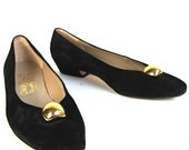 Womens FERRAGAMO Shoes.  Black Suede Low Heel. Gold Button Detail. Made in Italy.  Size 6.5 B. Fall Fashion