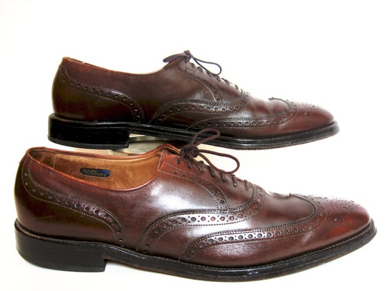 Mens Shoes. Vintage ALLEN EDMONDS Boulevard. Brown Hand Crafted Full Brogue Wingtip Oxfords. Mens's Fashion. Excellent Condition. 12 AAA