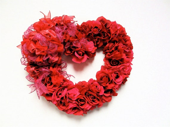 """Valentines Day Wreath Fuschia Pink and Red Silk Rose Valentines Day Spring Wreath(Approx. 20""""x 18"""")"""