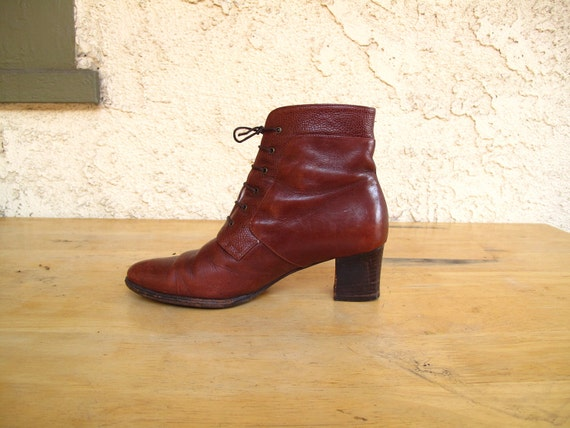 GoRGeoUS vintage BRoWN LeATHeR BALLY ANKLE BOOTS 5.5