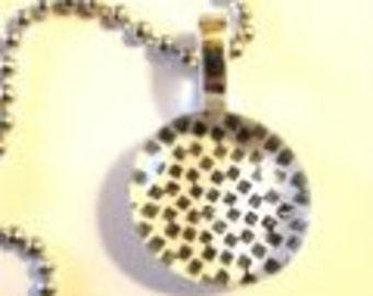 Glass Drop Pendant Necklace (262)