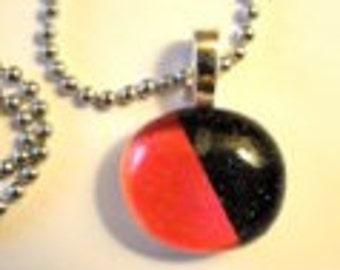 Glass Drop Pendant Necklace (264)
