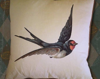 Barn Swallow Flying Vintage Digital Image Transfer Download jpeg or png 300 dpi for Pillows Totes Bags Napkins Towels