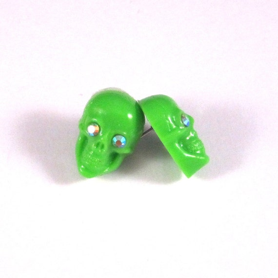 Bling Green Skull Stud Earrings with Crystal Eyes