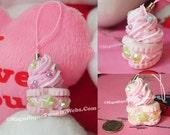 Heart charm-  Pink x Pink cream x Green star