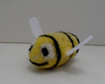 cat toy catnip bumble bee needle felted