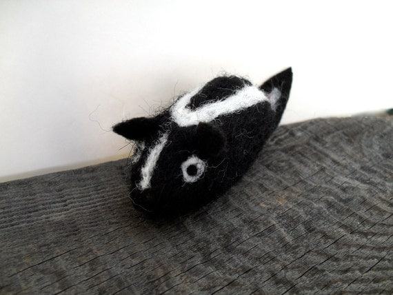 cat toy catnip skunk  needle felted