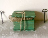 Wooden jewelry box, Shabby Chic, Old fashioned, Rustic, Primitive