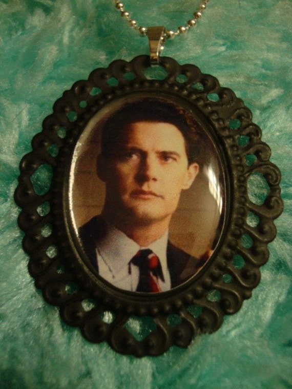 Twin Peaks Dale Cooper Cameo Necklace
